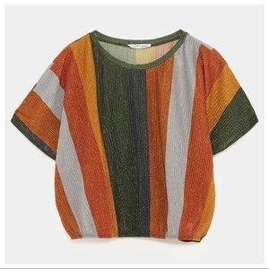 NWT. Zara Cropped Multicolored T-shirt. Size S.